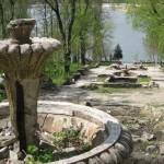Красивое старое озеро